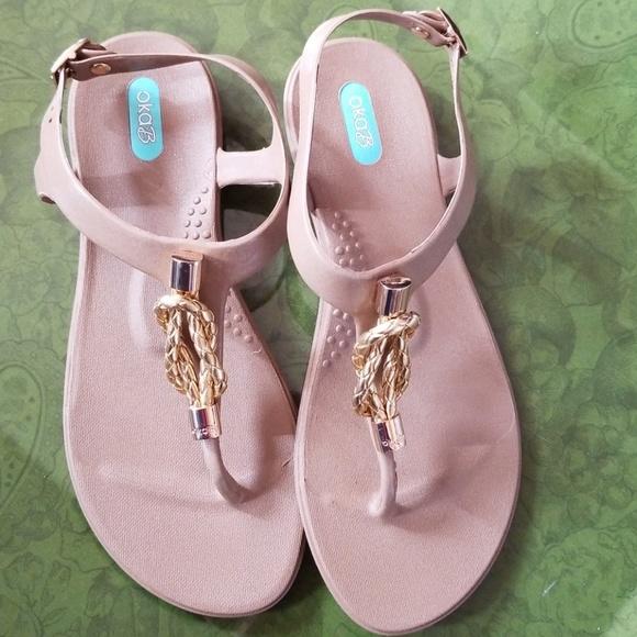 6b5ccb5b188162 Oka b. Sandals Size 7. M 5ac40666331627a37d48e9e8